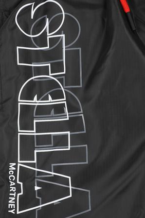 גילאי 2-14 מכנסי גלישה שחורים וקצרים עם כיתוב ממותג STELLA McCARTNEY KIDS