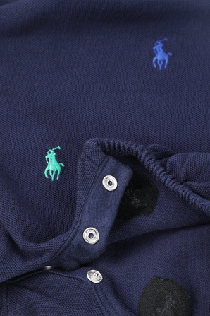 גילאי 3-18 חודישם אוברול כחול עם סמל הפרש בגוונים צבעוניים POLO RALPH LAUREN KIDS