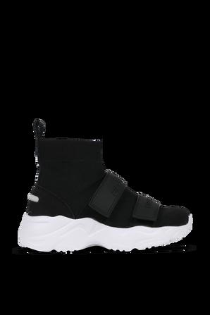 נעלי סניקרס ברכיסה גבוהה בצבעי שחור ולבן FILA