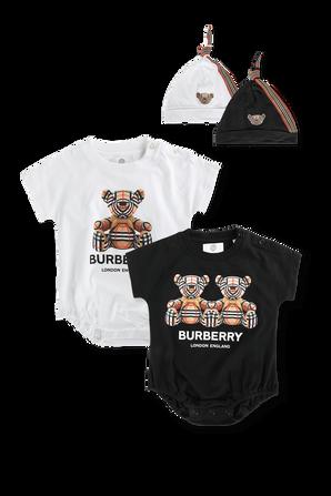 גילאי 1-6 חודשים מארז 2 בגדי גוף קצרים ו-2 כובעי גרב בשחור ולבן BURBERRY