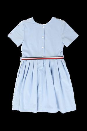 גילאי 21 חודשים - 6 שנים שמלה קצרה עם חגורה בצבע תכלת TOMMY HILFIGER KIDS