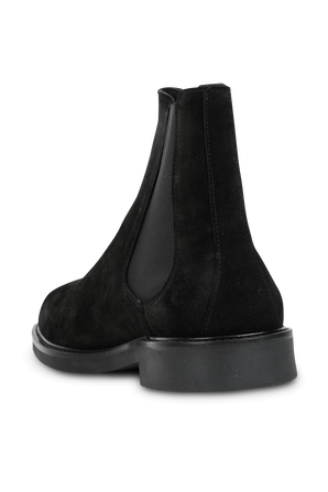 Chelsea Boots in Black AXEL ARIGATO