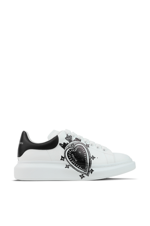 Oversized Sneaker in White and Black ALEXANDER MCQUEEN