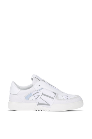 Sneakers in White Leather VALENTINO